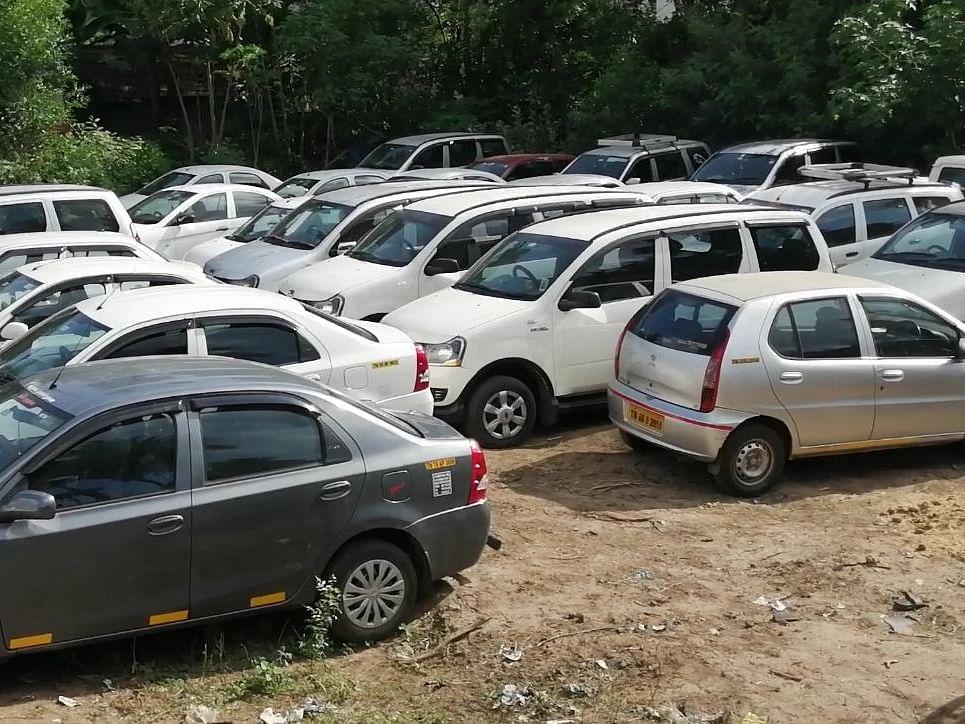 கும்பகோணம் :'கார் உரிமையாளர்களுக்கே தெரியாமல் 41 கார்கள் அடமானம்'- போலீஸிடம் வசமாக சிக்கிய கும்பல்