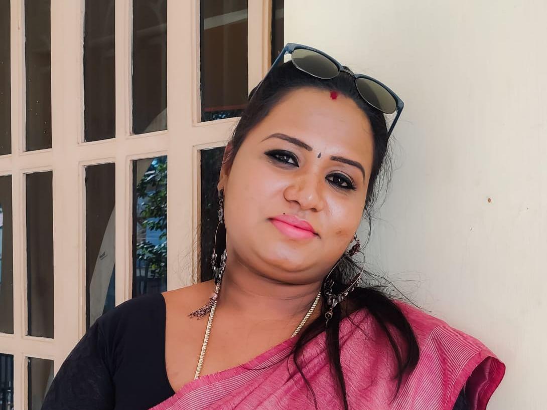 `கலங்க ஒன்றுமில்லை; பாசிட்டிவாகவே கடக்கலாம்!' - கல்கி கவியரசுவின் கொரோனா அனுபவம் #SpreadPositivity