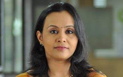 கேரளா: சைலஜா டீச்சருக்கு பதிலாக சுகாதாரத்துறை அமைச்சராக மீண்டும் ஒரு பெண்? யார் இந்த வீணா ஜார்ஜ்?