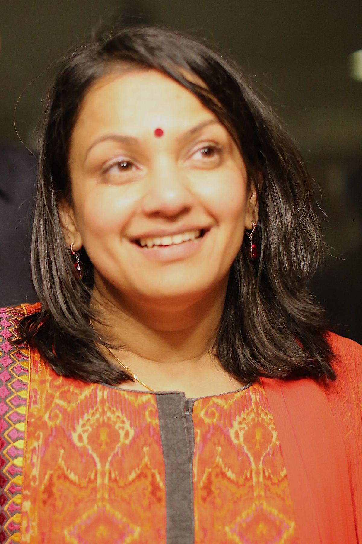 மருத்துவர் ப்ரியா சம்பத்குமார்