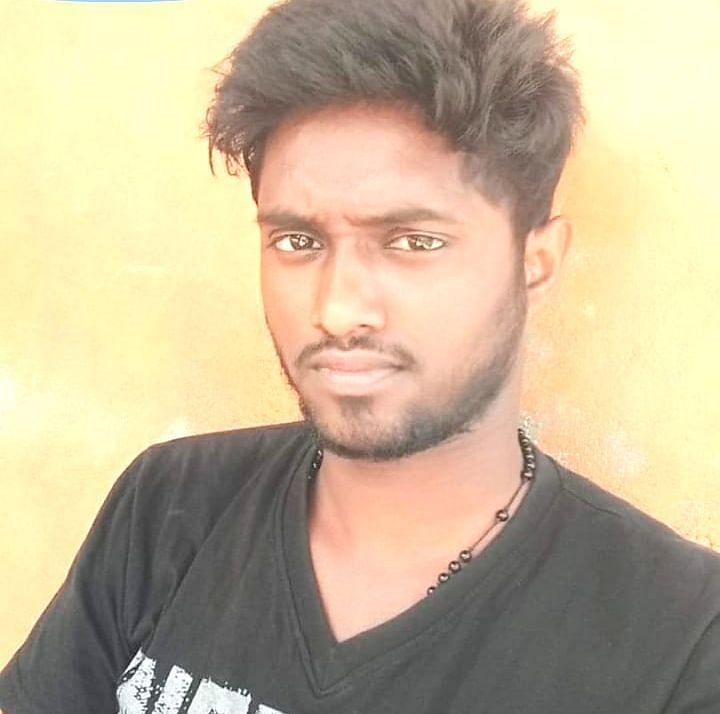 சசிகுமார்