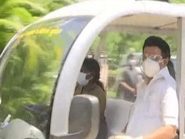 சிங்கங்களுக்கு கொரோனா - வண்டலூர் உயிரியல் பூங்காவில் முதலமைச்சர் ஸ்டாலின் ஆய்வு | #NowAtVikatan