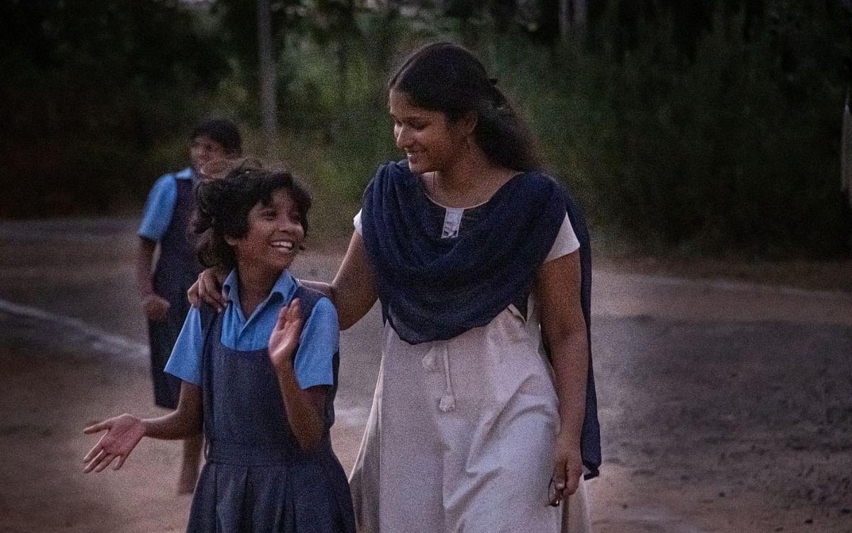 """``இல்லாதவர்களுக்கு உதவுவது ஒரு போதை!"""" - அறம் செய்யும் இளம்பெண் லிடியா #SheInspires"""