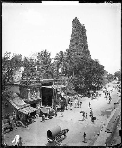 மதுரை கிழக்குக் கோபுரம் மற்றும் அம்மன் சன்னதி