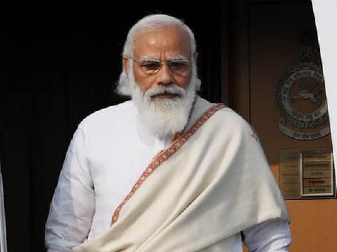 ஹைட்ரோகார்பன் விவகாரம்: `விவசாயிகளின் வயிற்றில் அடிக்கிறார் மோடி!' - விளாசும் நாராயணசாமி