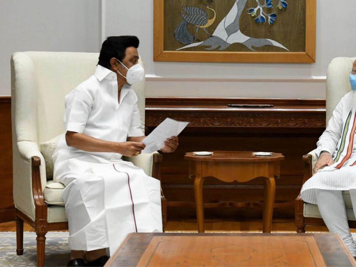 """""""அடிக்கடி சந்திப்போம்!"""" - நெகிழ்ந்த மோடி... மகிழ்ந்த ஸ்டாலின்"""