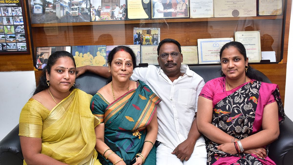 சந்தியா, லலிதா சாந்தகுமார், சாந்தகுமார், ஜோதி