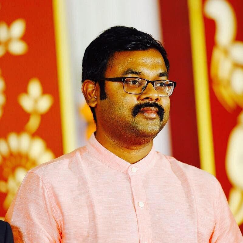 திருப்பூர் கலெக்டர் விஜயகார்த்திகேயன்