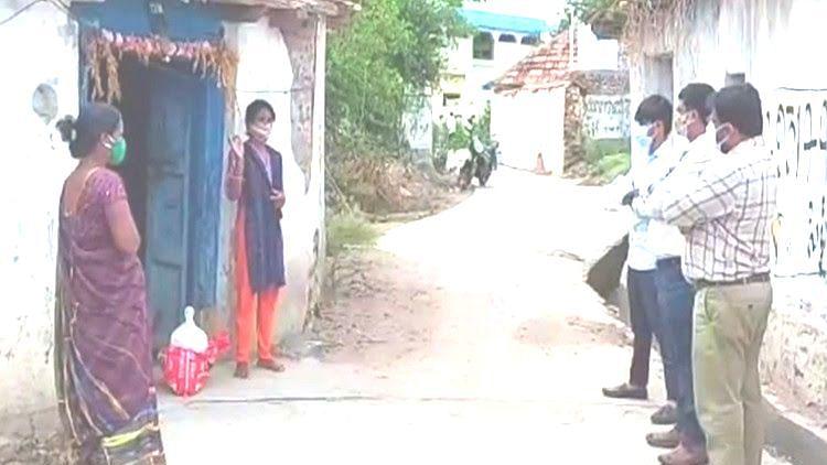 விசாரணை நடத்திய சுகாதாரத்துறை அதிகாரிகள்
