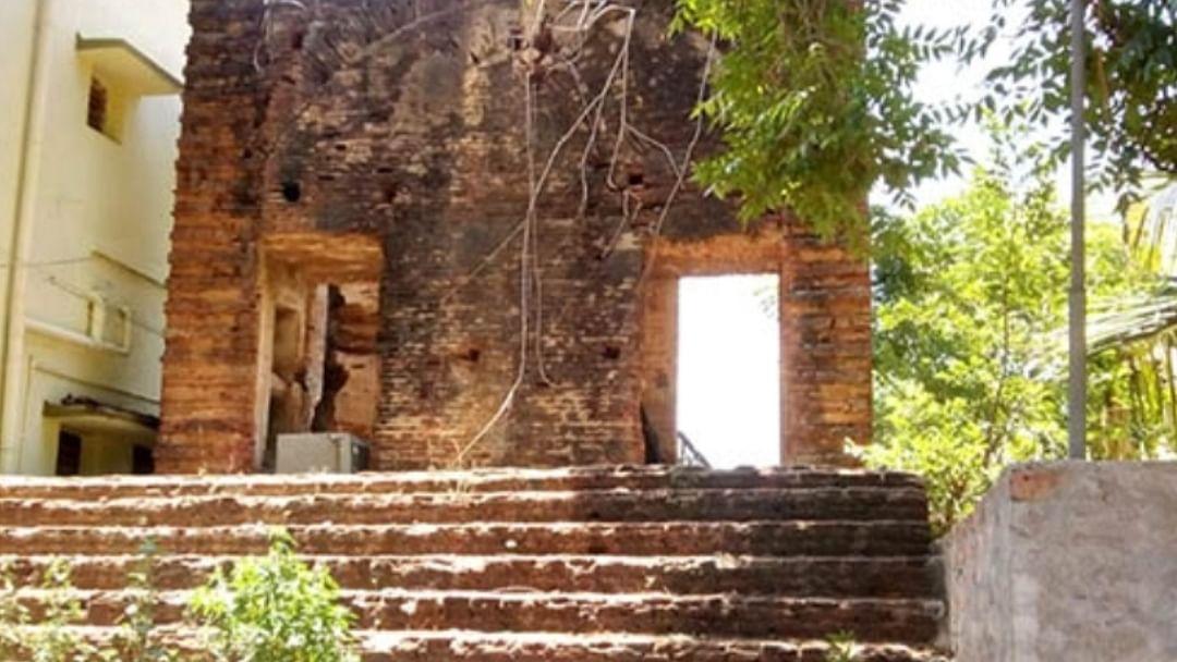 பழங்காலத் தூக்குமேடை