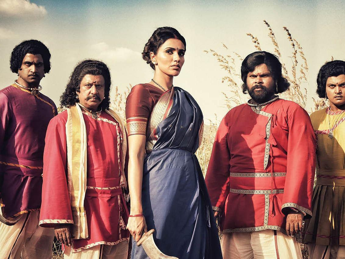 ரெஜினா + ரெஜினா = சூர்ப்பனகை!