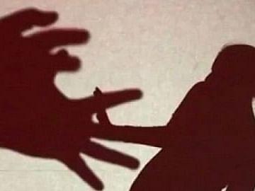 சென்னை: மாயமான இரண்டு சிறுமிகள்; சிறார் வதை! - இரு வேறு சம்பவங்களில் போக்சோவில் கைதான இளைஞர்கள்