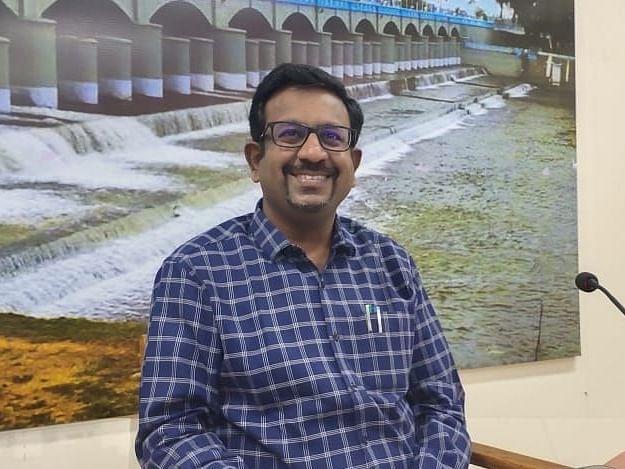`ராமநாதபுரம் விவசாயிகளுக்கு நம்பிக்கையூட்டியவர்!' - தஞ்சையிலும் சாதிப்பாரா புதிய ஆட்சியர்?