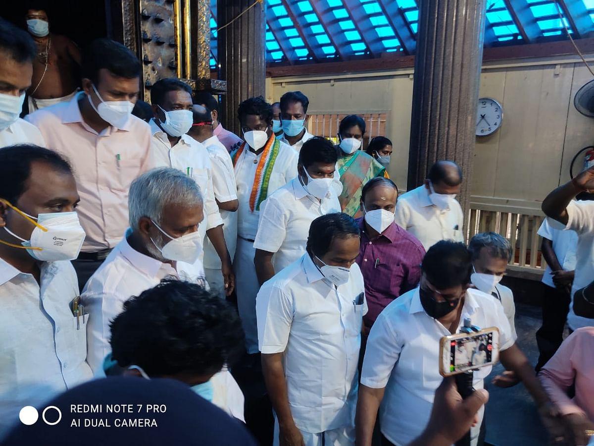 இந்து சமய அறநிலையத்துறை அமைச்சர் சேகர்பாபு மண்டைக்காடு கோயிலில் ஆய்வு