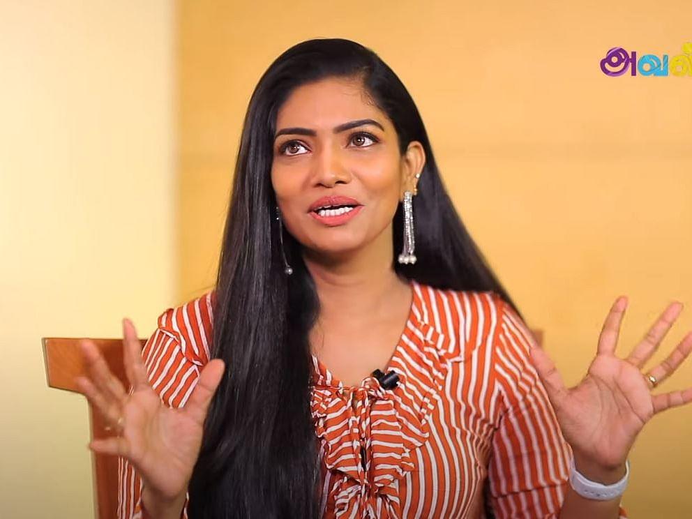"""``சிவா மிமிக்ரி எப்பவுமே ஜாலிதான்!"""" - Actress Krithika Exclusive Interview"""