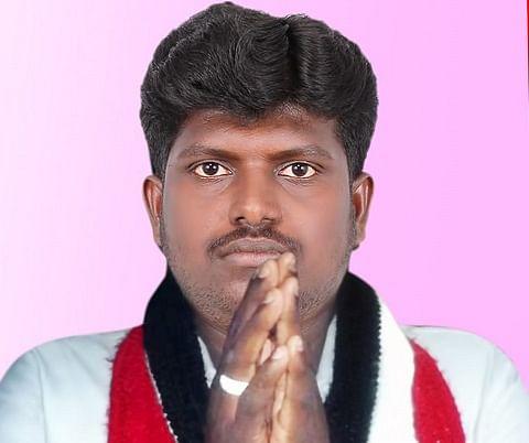 அ.தி.மு.க தொண்டர் சுந்தர்ராஜ்