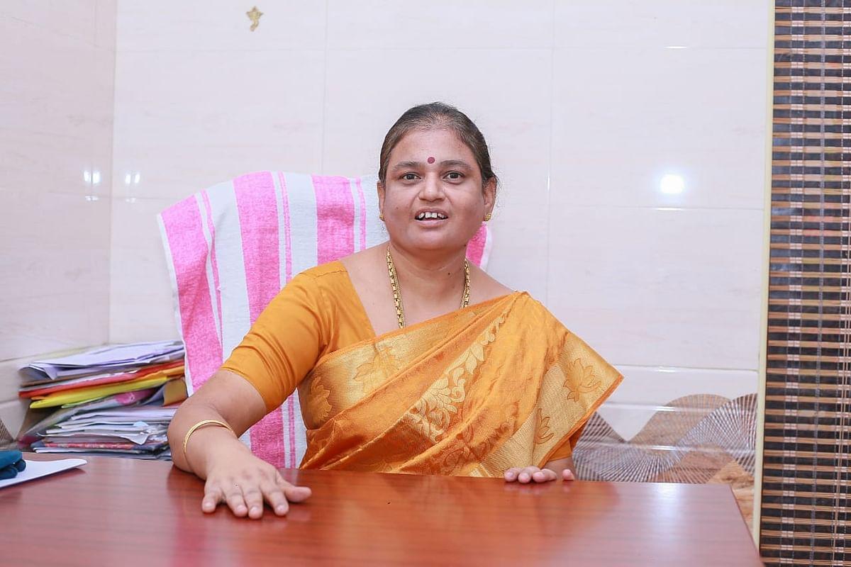 ஊராட்சித் தலைவர் ராஜேஸ்வரி