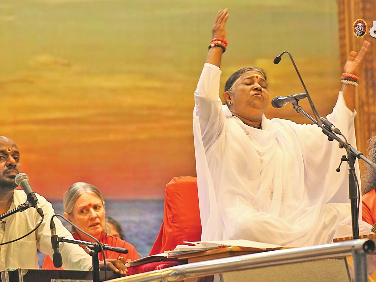 ஆறு மனமே ஆறு - 29 - ஸ்ரீமாதா அமிர்தானந்தமயி