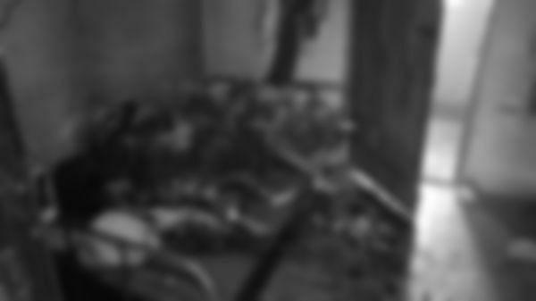 தீக்குளிப்பு சம்பவத்தில் கருகிய மூவரின் உடல்கள்
