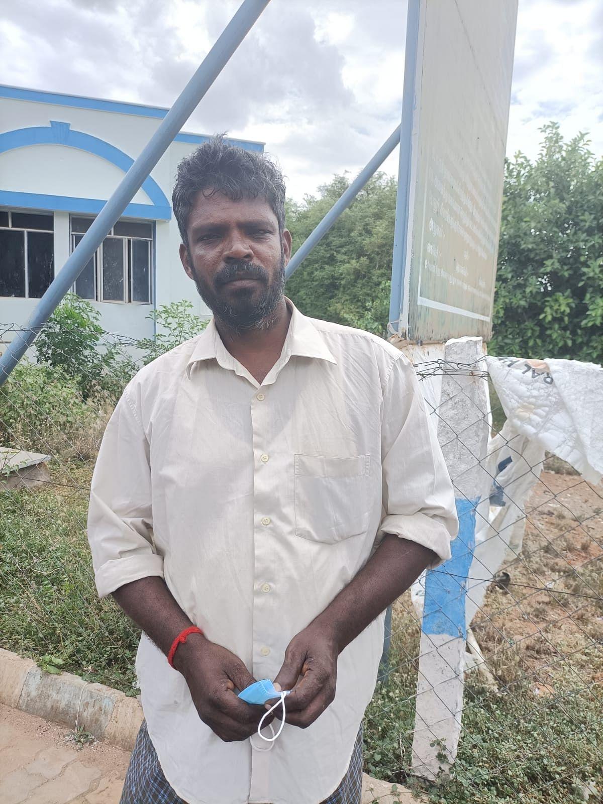 லோடு ஆட்டோ டிரைவர் ராஜசேகரன்