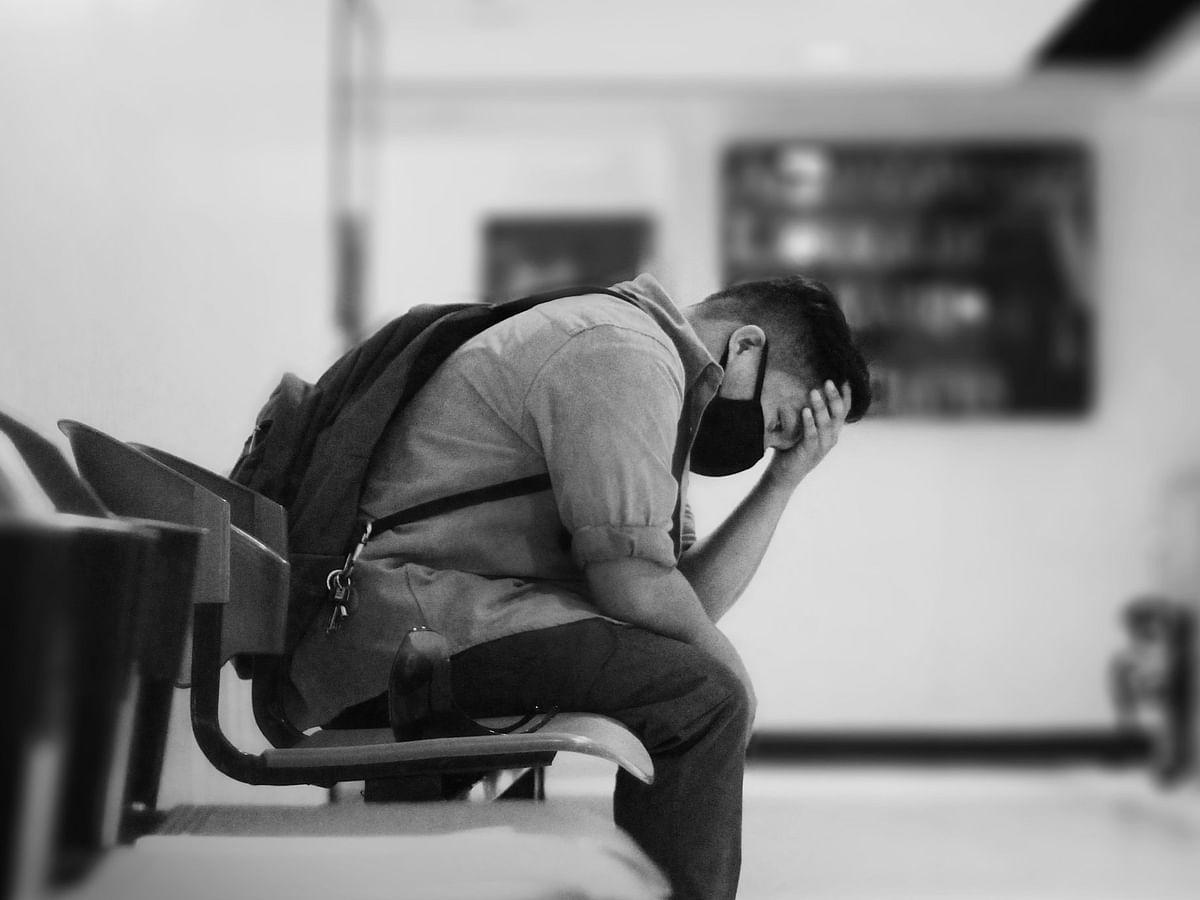 Grief Therapy: கொரோனாவில் உறவுகளை இழந்தவர்களைஆற்றுப்படுத்தும் துக்க சிகிச்சை; எப்படி வழங்கப்படும்?