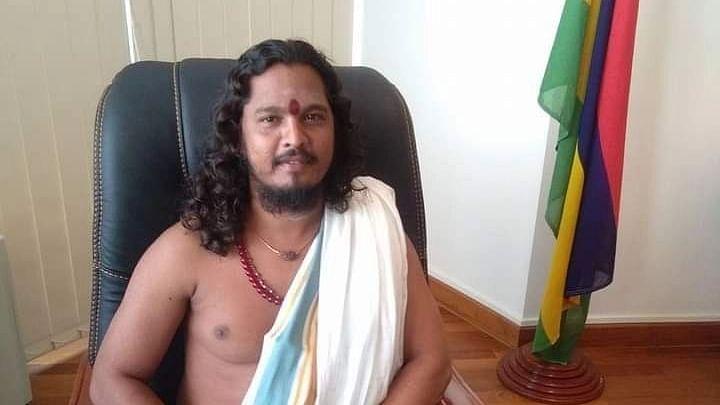 திருச்சி தேஜஸ் சுவாமி