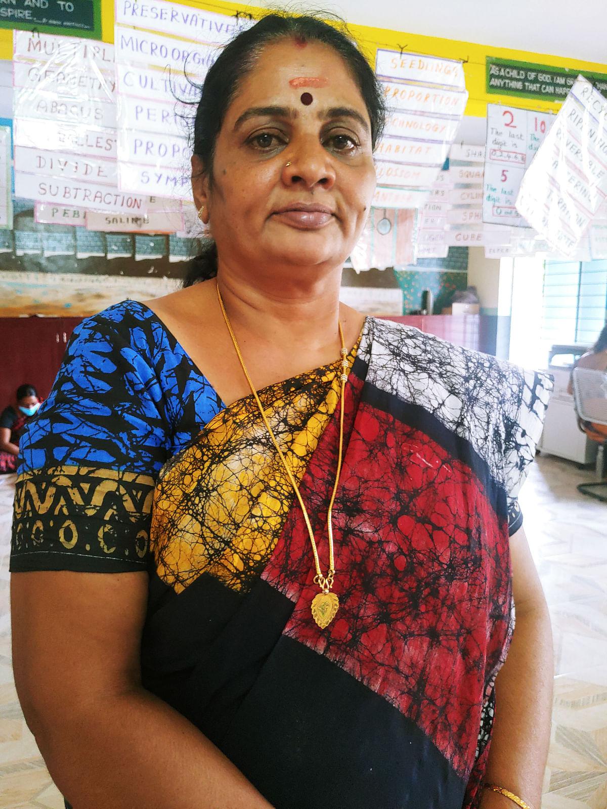 விஜயலலிதா (தலைமை ஆசிரியை)