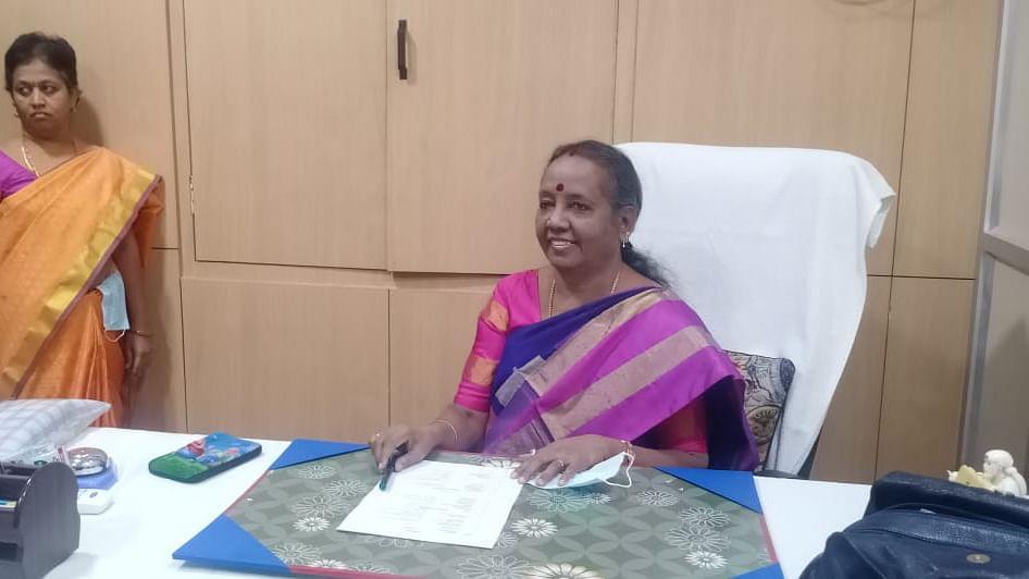 அருணா ஜெகதீசன் - ஆணையத்தின் தலைவர்