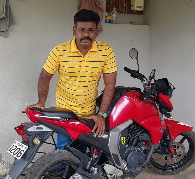 மருத்துவர் மெரில் ராஜ்
