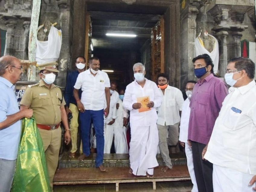 ஸ்ரீரங்கம் கோயில்: `330 ஏக்கர் இருந்தது, இப்போ 24 ஏக்கர் மட்டுமே இருக்கிறது!' - அமைச்சர் சேகர் பாபு
