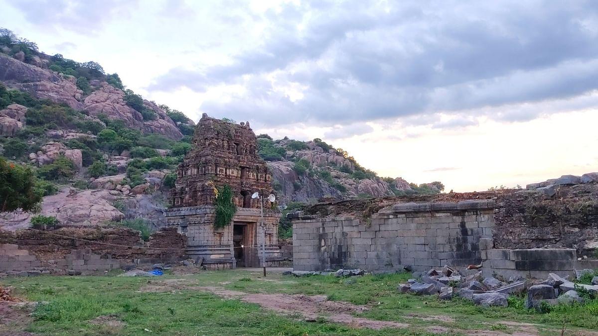 முக்யாசலேஸ்வரர் - சோழர் காலத்தை சேர்ந்த சிவன் ஆலயம்