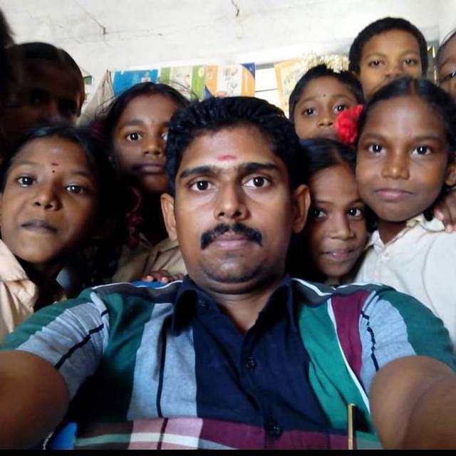 ஆசிரியர் கார்த்திக் ராஜா
