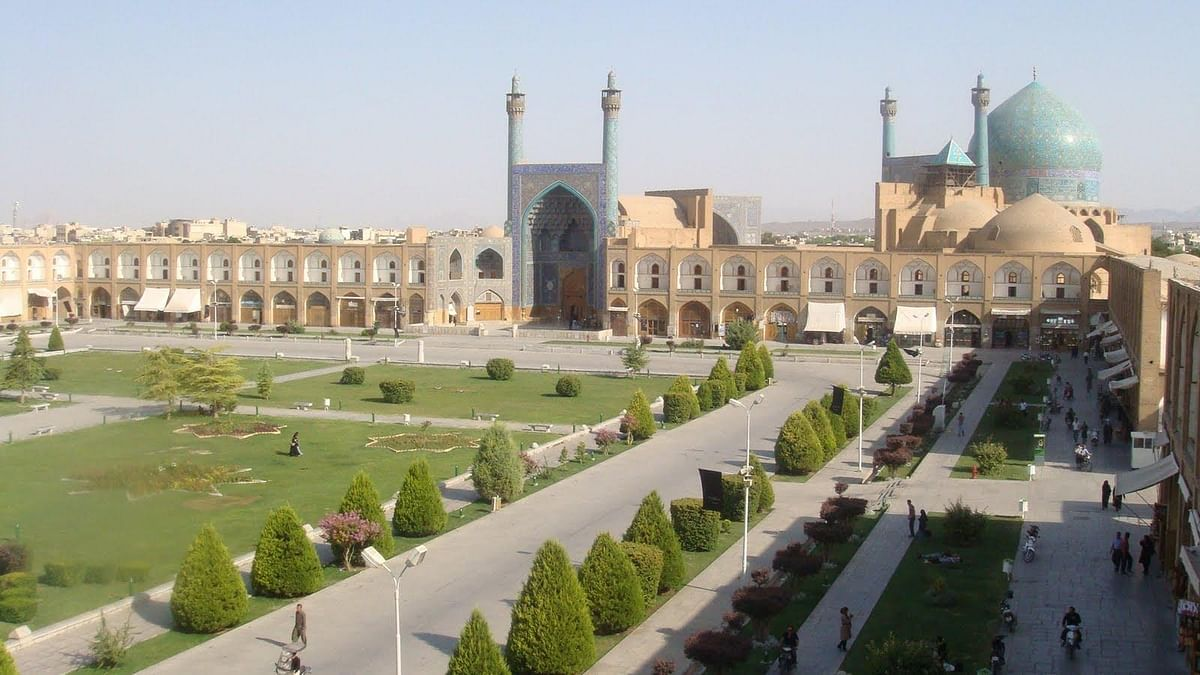 Magnificent Architecture – Mosque in Isfahan