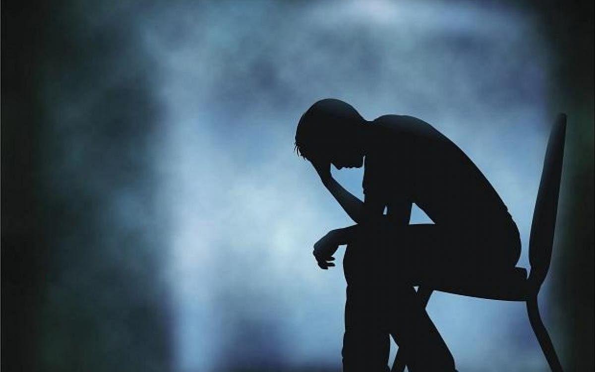 `தற்கொலை செய்யப்போவதாக ட்விட்டர் பதிவு' - இளைஞரை மும்பை போலீஸார் காப்பாற்றியது எப்படி?
