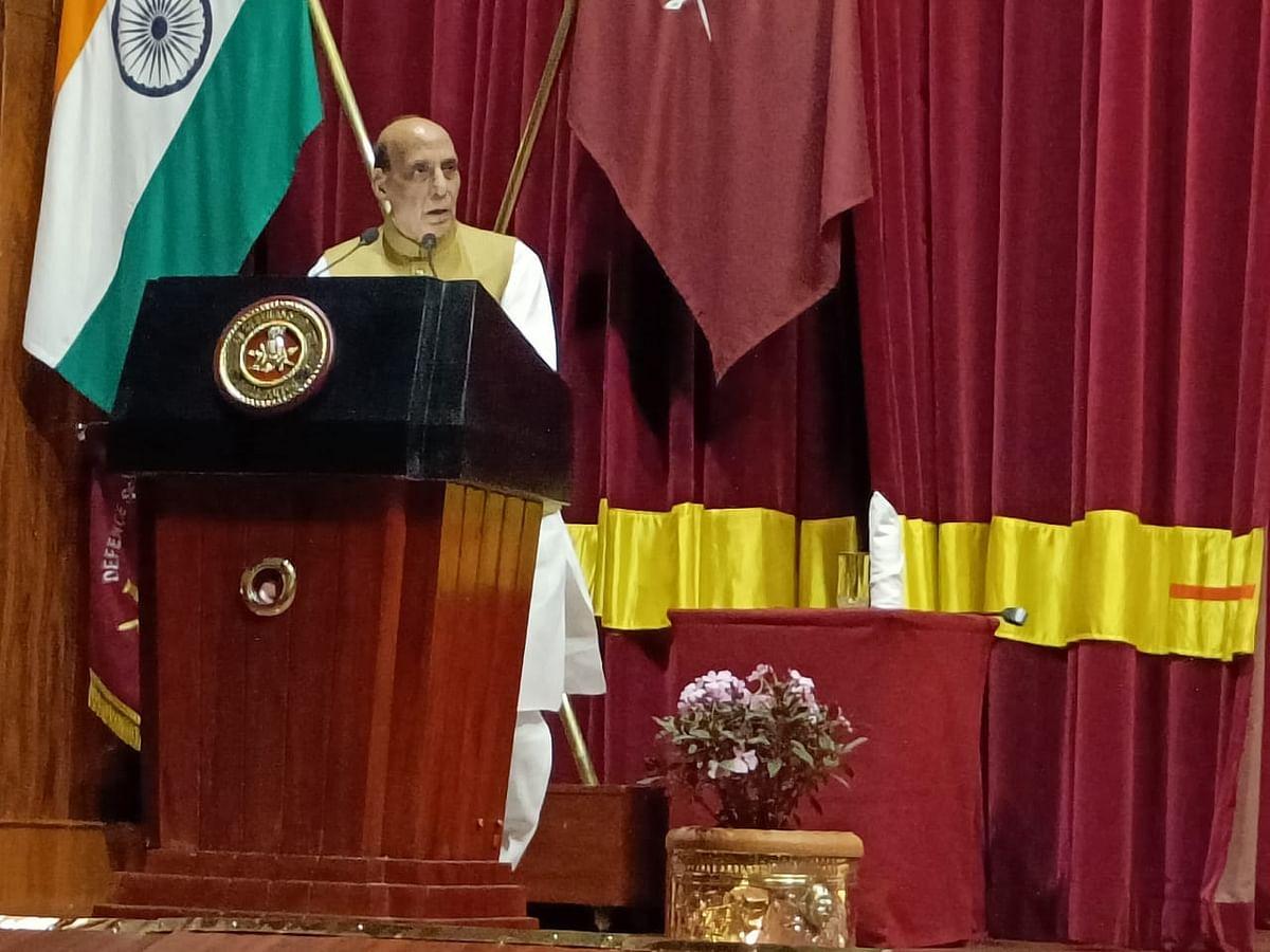 பாதுகாப்புத்துறை அமைச்சர் ராஜ்நாத் சிங்