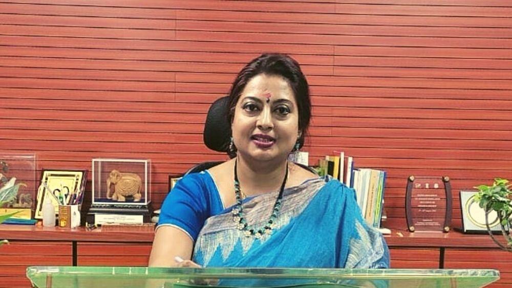 த்ரிதி பானர்ஜி/ Dhriti Banerjee