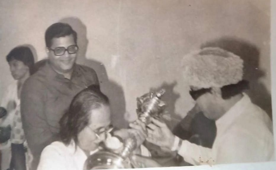 யமாகுச்சியுடன் எம்.ஜி.ஆர்