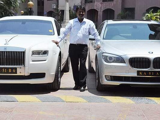சலூன் கடை டு ரோல்ஸ்ராய்ஸ்; `பில்லியனர் பார்பர்' ரமேஷ் பாபுவின் கதை! #BusinessMasters - 15