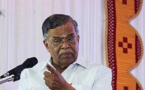 இல.கணேசன்: `அரசு ஊழியர் டு மணிப்பூர் ஆளுநர்' - அரசியல் பயணம் ஒரு பார்வை!