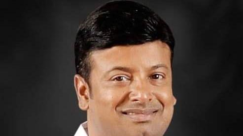 சந்திரபிரகாஷ்