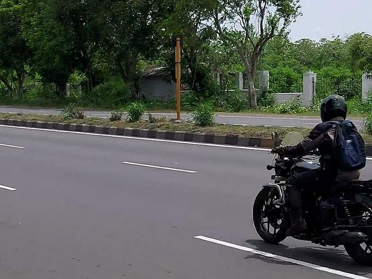 புல்லட் க்ளாஸிக்கில் ட்வின் சிலிண்டர் 650 சிசி!