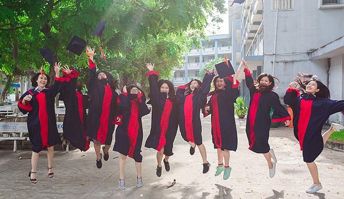 இலவச நீட் கோச்சிங்! வெளிநாட்டில் டாக்டருக்கு படிக்கலாம்! #KIMA