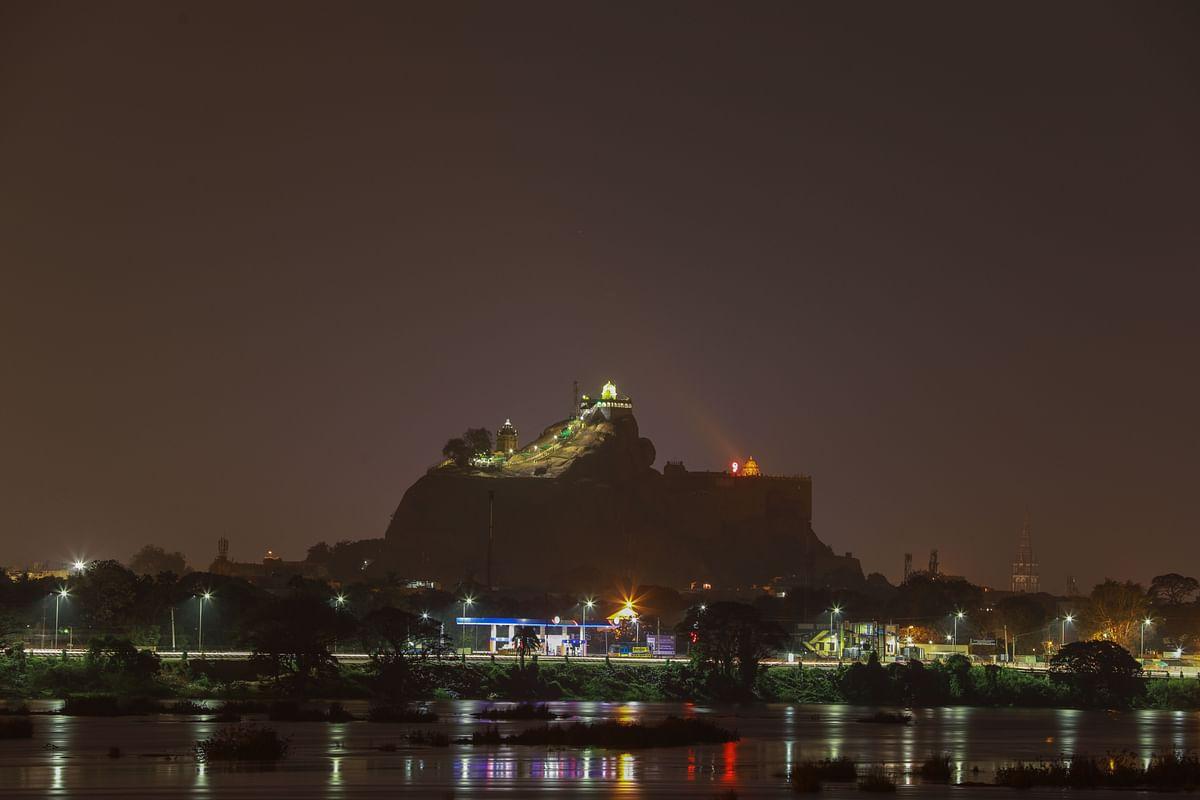 கம்பீரமான திருச்சி மலைக்கோட்டை