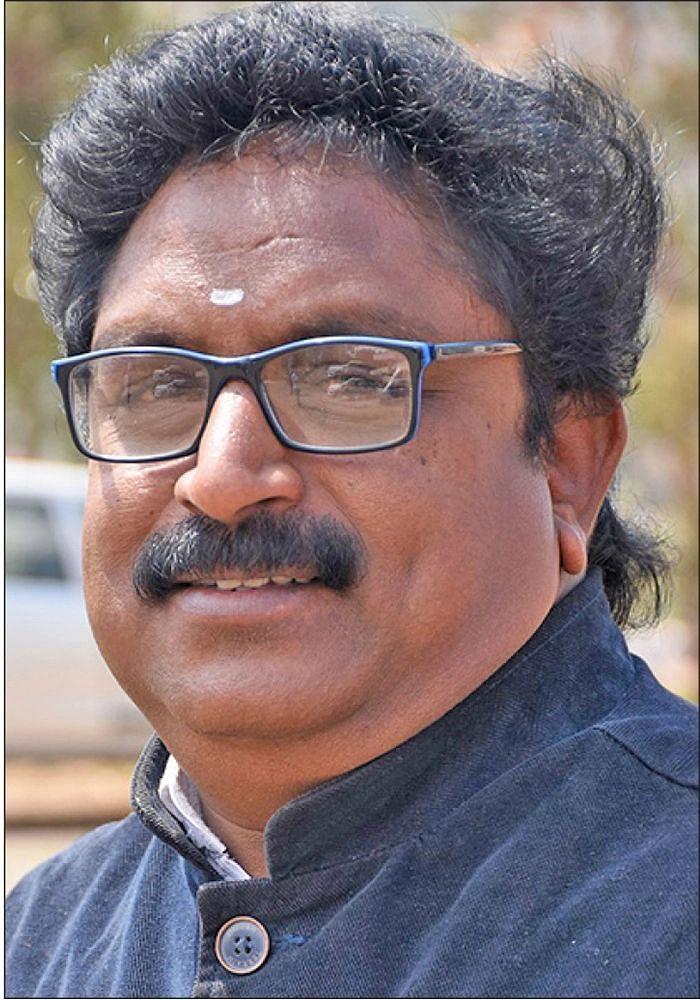 வழக்கறிஞர் விஜயன்