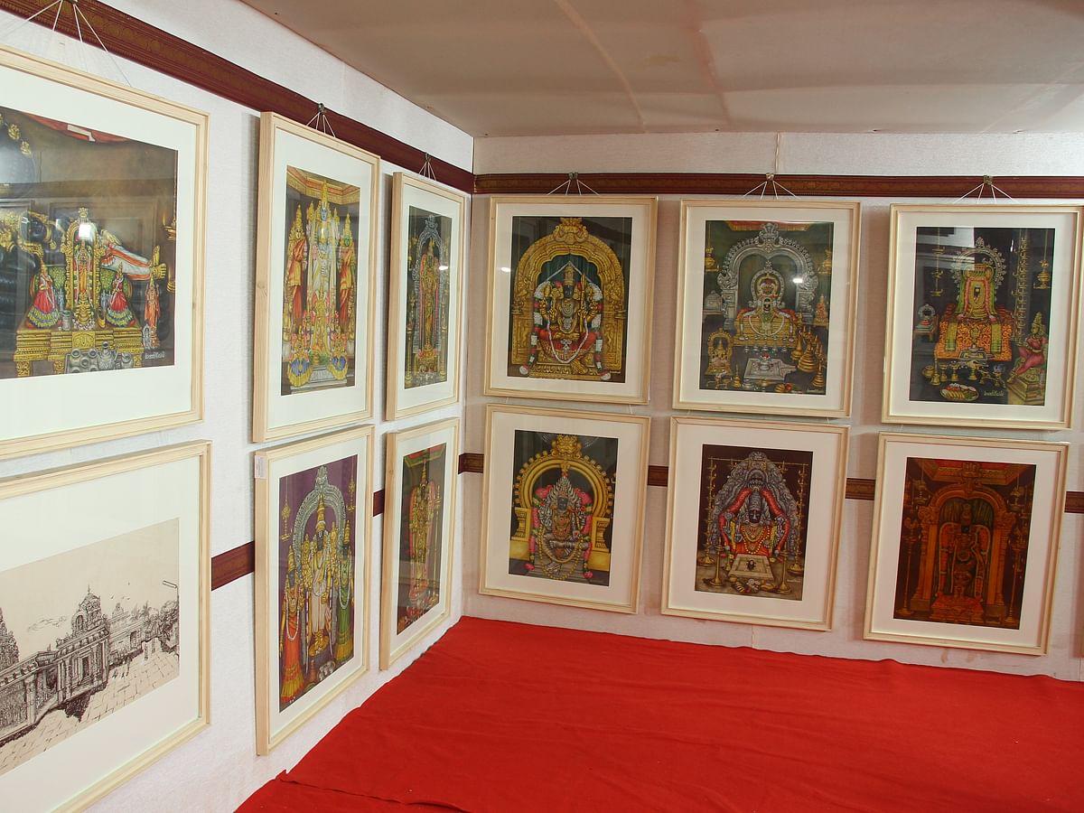 இறை, இடம், இவர்... காஞ்சிபுரத்தில் தெய்வத் திருவுருவங்களின் ஓவியக் கண்காட்சி! #VikatanPhotoGallery