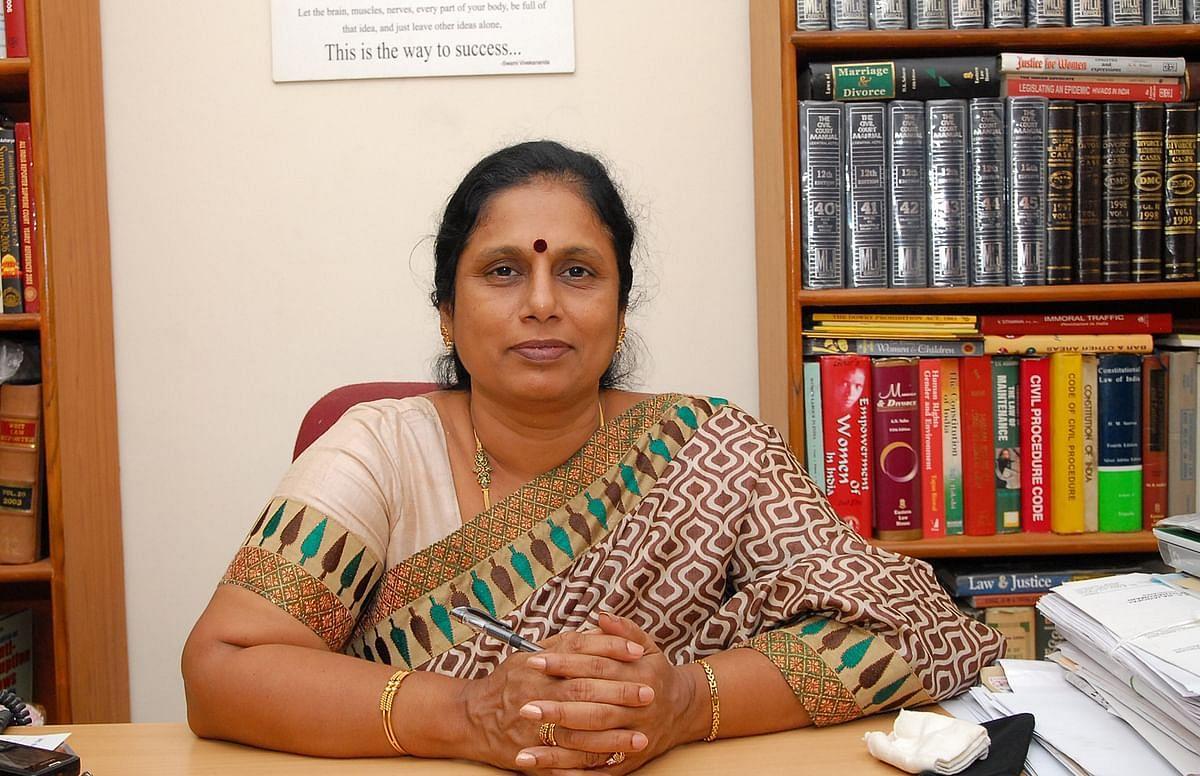 வழக்கறிஞர் சாந்தகுமாரி