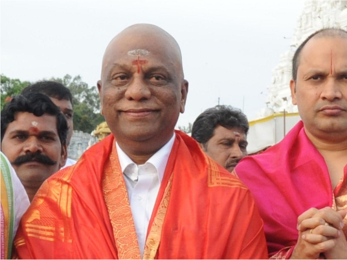 பன்னீர்செல்வம், சேகர் ரெட்டி