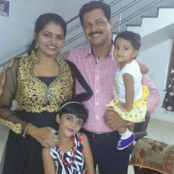 'திருமதி செல்வம்' அபிதா குடும்பத்துடன்