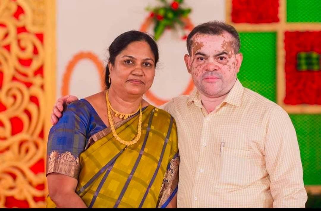 ஜெயந்தி பில்லியன்ட் மேரி - ஜான் ரிச்சர்ட்