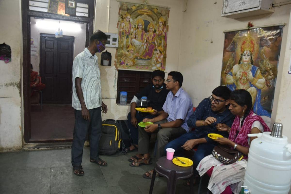 சேட் ஜி சாட் கடை